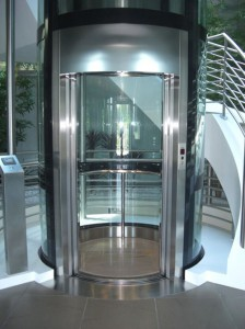 Panoramniy-passajirskiy-lifty